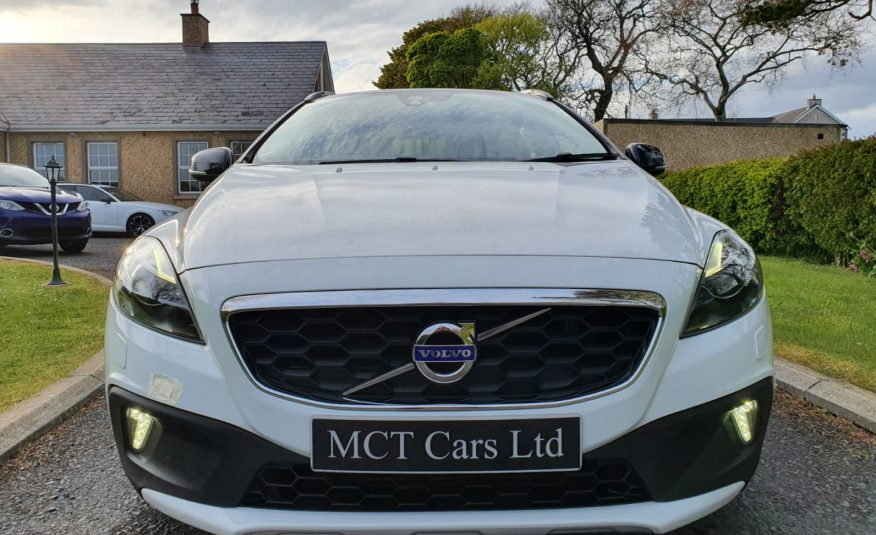 2014 Volvo V40 D2 CrossCountry Lux 5dr Powershift AUTO! STUNNING EXAMPLE, £20 ROAD TAX, FULL S/H