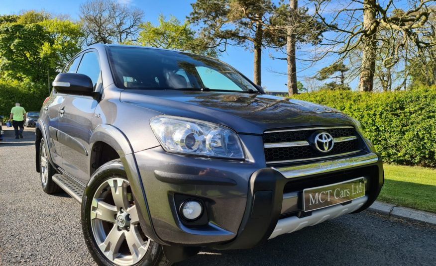 Oct 2009 Toyota RAV4 2.2 D-CAT SR 5dr Auto STYLING PACK, FULL LEATHER, HEATED SEATS, SIDE STEPS, FSH