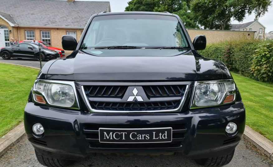 2004 Mitsubishi Shogun 3.2 Di-D Warrior 3dr Auto ONE LOCAL OWNER FROM NEW, FULL YEARS MOT!